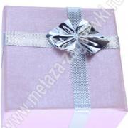 Коробочка для ювелирных украшений и бижутерии картонная квадратная с бантиком